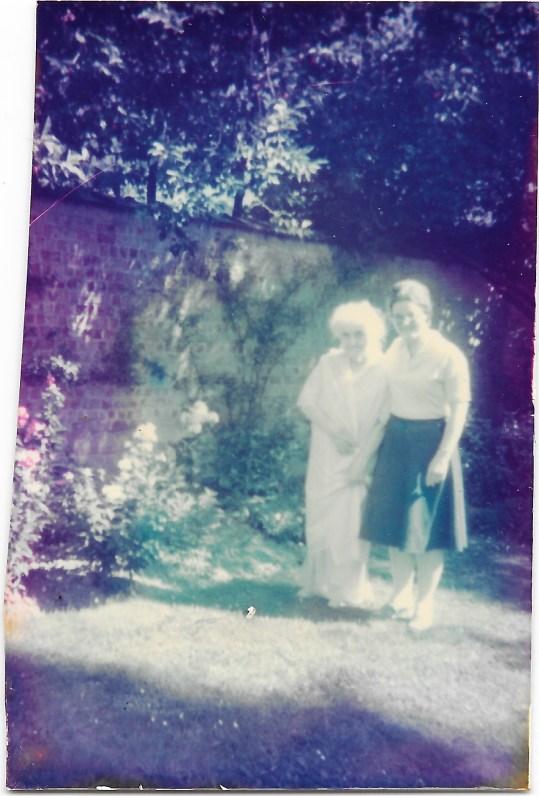 Daphne and Mum